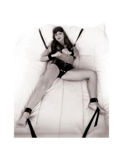 Fetish Fantasy Limited Edition - Wraparound Mattress Restraints